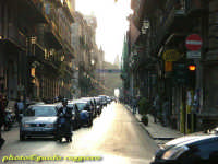 Corso Vittorio Emanuele, uno dei due principali assi viari della città antica,congiungeva la residen
