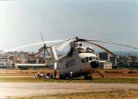 Aeroporto militare di Boccadifalco - Esercitazione antincendio - Maxi Elicottero di fabbricazione russa  - Palermo (20046 clic)