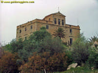 Villa Fanara  - Favara (14280 clic)
