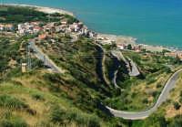 Tornanti della Strada Provinciale che dalla statale porta al paese  - Caronia (7122 clic)