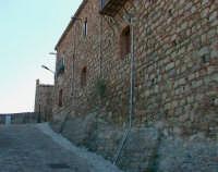 Via d'accesso al castello  - Caronia (5690 clic)