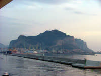 Monte Pellegrino visto dal mare  - Palermo (2296 clic)