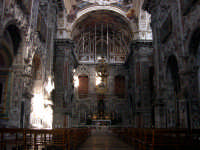 Chiesa Santa Caterina. Innalzata nella seconda meta' del Cinquecento, ha un'elegante facciata su cui