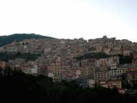 Piccolo paese alle pendici del monte omonimo, Cammarata.  Il nome Cammarata deriva dal greco bizantino Kàmara che significa stanza a volta. Il borgo ebbe origini arabe e nel 1087 venne assediato da Ruggero II d'Altavilla, principe normanno.  - Cammarata (5345 clic)