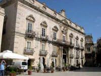 Siracusa Ortigia - Palazzo Beneventano del Bosco.  - Siracusa (1855 clic)