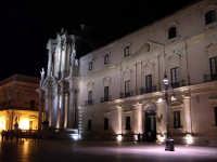 Siracusa Ortigia - Il Duomo e Palazzo Arcivescovile.  - Siracusa (2816 clic)