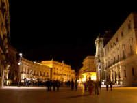 Siracusa Ortigia - Piazza Duomo.  - Siracusa (1870 clic)