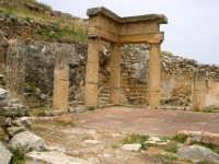 Il Ginnasio. Resti della città fondata dai Cartaginesi (IV sec A.C.) dopo un secolo passa sotto il dominio romano.  - Solunto (6450 clic)