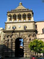 Porta Nuova. Esisteva già un'antica porta fin dal 1460 che si chiamava Porta D'Aquila, poi nel 1570