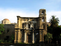 La Chiesa della Martorana, detta anche Santa Maria dell'Ammiraglio fondata nel 1149, la chiesa si de