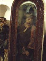 Mummie dei nobili di un tempo nelle cripte della chiesa di San Francesco  - Savoca (30023 clic)