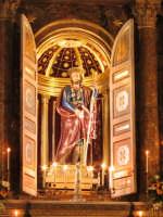Statua di S. Isidoro Agricola, patrono della città  - Giarre (4310 clic)