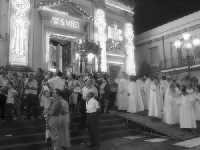 Festa di San Vito, L'uscita del fercolo col Santo  - Macchia di giarre (6031 clic)