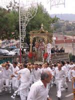 Festa di Sant'Antonio Abate 2005  - Santa domenica vittoria (6756 clic)