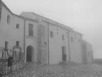 Il Santuario di San Paolino sull'omonimo monte avvolto nella nebbia  - Sutera (4238 clic)