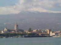 panorama ripreso dal porto  - Riposto (5234 clic)