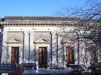 Villa privata in chiaro stile neoclassico  - San giovanni montebello (6496 clic)
