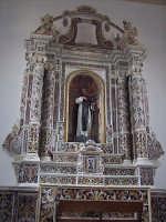 Altare maggiore in pregiato marmo policromo della bellissima chiesa dedicata a Sant'Antonio Abate  - Castiglione di sicilia (4012 clic)