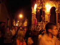 Il fercolo con San Vito per le vie del paese  - Macchia di giarre (4187 clic)