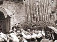varetta e portanti per la festa di San Sebastiano del 20 gennaio  - Mistretta (6557 clic)