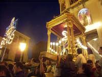 L'uscita del fercolo con San Giovanni Battista  - San giovanni montebello (4733 clic)