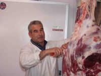 Scolaro:il macellaio del Paese.  - Montagnareale (3059 clic)