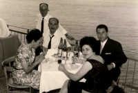 Vecchie foto: Mario,Salvina,Basilio ... 0040.  - Sorrentini di patti (4970 clic)