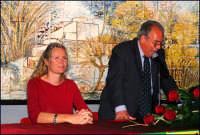 Licia Colò e il Sindaco Antonino Sidoti. DSC_0106c  - Montagnareale (2701 clic)