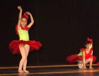 Saggio di danza. P6017766  - Patti (4092 clic)