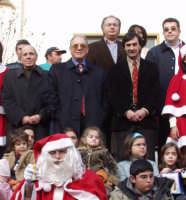 Natale a Montagnareale. Da sin.Il presid.Gullotti,il Sindaco Antonino Sidoti,l'Ass.Salvatore Sidoti e Tindaaro Carro.  - Montagnareale (3053 clic)
