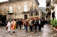Processione di S.Antonio.  - Montagnareale (3133 clic)