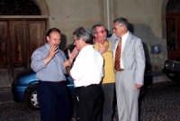 Da sin.Saverio Sidoti,Sebastiano Gianforte,Gianni Cappadona e Nino Casamento. Si discute di politica.   - Montagnareale (3341 clic)