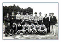 Vecchie foto:la squadra di calcio del paese.  - Montagnareale (7289 clic)
