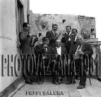 Archivio Vazzana-1961/2297-Peppi Salera ecc.   - Montagnareale (4158 clic)