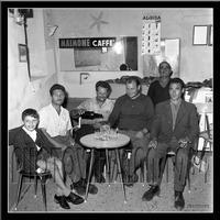 Archivio Vazzana-1964/2625-people-gente di montagnareale-bar pontillo (5100 clic)