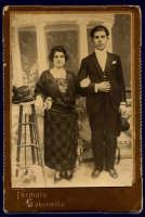 Vecchie foto:mia Zia Concetta e Ciccio Gaglio.  - Montagnareale (3982 clic)