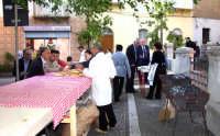 SAGRA DELLA CASTAGNA I panini con la salsiccia di Salvatore Scolaro.  - Montagnareale (3259 clic)