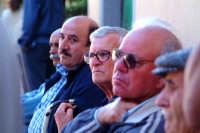 Davanti al Bar.... Mario Giaimo,Vittorio,Don Nino Palmeri.  - Montagnareale (4128 clic)