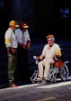 Il bravissimo Ugo Tognazzi sul set del film Amici miei atto II.  - Montagnareale (3290 clic)