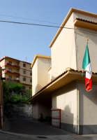 Elezioni 2006-L'edificio scolastico di Montagnareale sede del seggio elettorale. DSC_0018b  - Montagnareale (2547 clic)