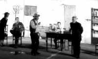 Commedia:L'eredità dello zio Canonico Montagnareale 18/Ago/2005. La foto purtroppo fà schifo è stata ricavata da un filmato amatoriale.  - Montagnareale (2811 clic)