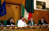 Presentazione del libro del prof.Nino Casamento,L'ALBERO DEI TORTI  - Patti (3184 clic)