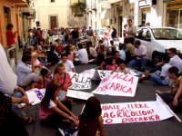 Manifestazione popolare contro la discarica. PERCHE' NON E' STATA ORGANIZZATA UNA MANIFESTAZIONE SIMILE CONTRO LE SUPERBOLLETTE DELL'ATO??!!.....  - Patti (3138 clic)