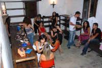 Mulino di Capo:le ragazze si preparano per la sfilata. DSC_8745  - Montagnareale (2695 clic)