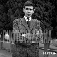 Archivio Vazzana-1963/3730-people-giovani di Montagnareale-antonino Spanò (4837 clic)