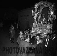 Archivio Vazzana-1962-4847-Processione   - Montagnareale (4494 clic)