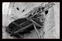 I resti di un vecchi forno. A Montagnareale,una volta, ogni casa ne aveva uno. DSC_0143-BeN.corn.  - Montagnareale (2293 clic)