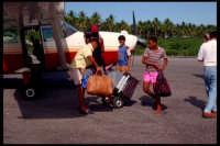 Arrivo a Samanà. Repubblica dominicana 1992.  - Montagnareale (3588 clic)