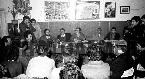 Dibattito nei locali della Società di Mutuo soccorso. - MONTAGNAREALE - inserita il 01-Feb-11
