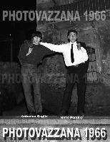 PHOTOVAZZANA-1966-6368- People-giovani di Montagnareale:antonino gaglio e Mimmo Pontillo.  - Montagnareale (6075 clic)